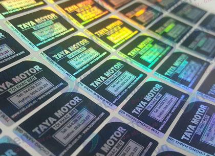In tem 7 màu chất lượng cao tại Nhóm In