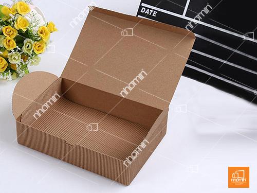 hộp đựng bánh chi phí tiết kiệm