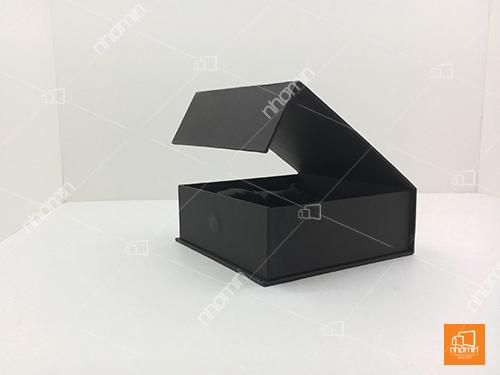kiểu hộp cứng nam châm