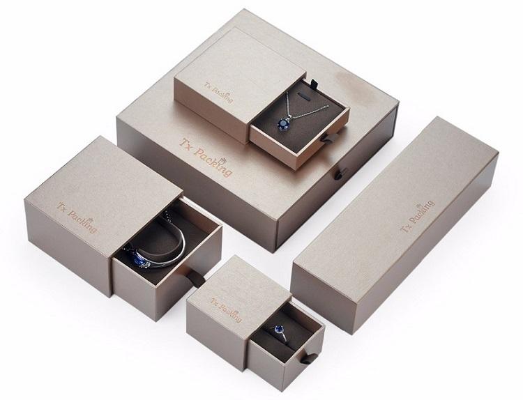 Bộ sản phẩm hộp trang sức