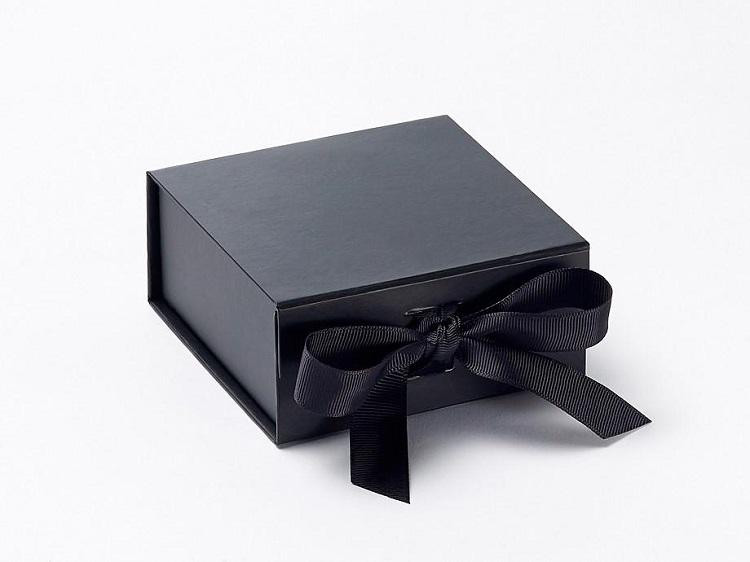 mẫu hộp trang sức thắt nơ lụa cao cấp