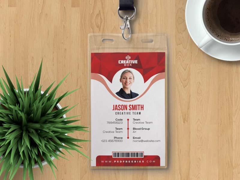 thẻ nhựa nhân viên creative box