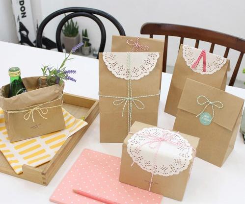 Túi quà tặng giấy cho đám cưới hoặc sinh nhật