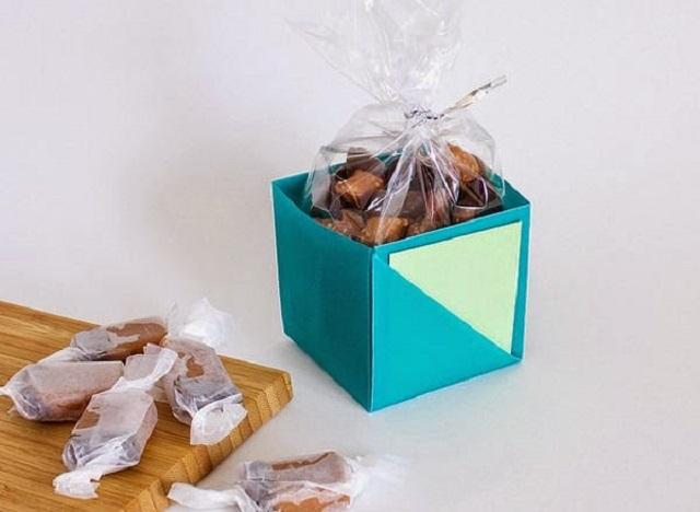 Cách gấp hộp giấy đựng kẹo 4