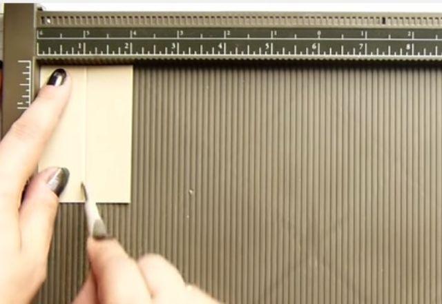 cách làm hộp giấy đựng son bước 4