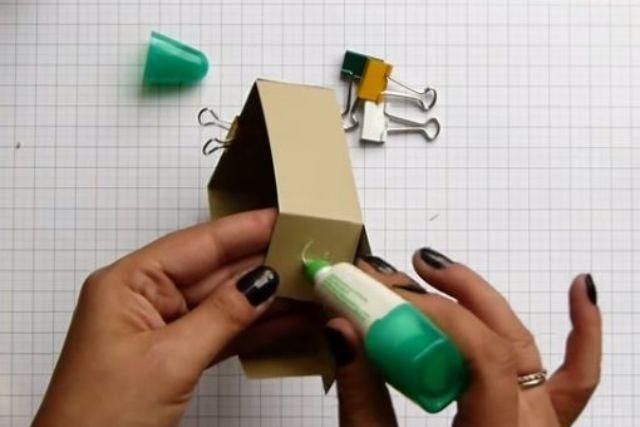 cách làm hộp giấy đựng son bước 6